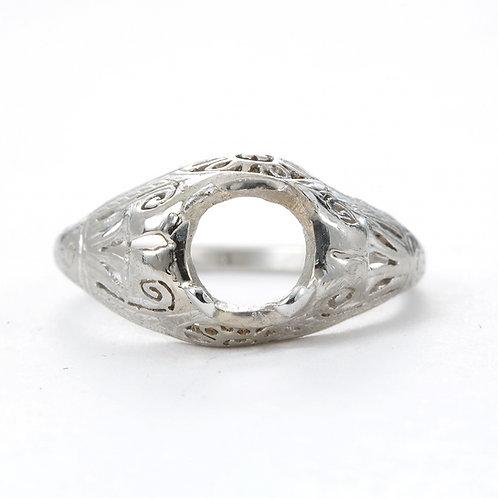 Antique Vintage Engagement ring setting. Platinum. Edwardian / Art Deco . Fits 6.5 mm round. Filigree. Estate ring.