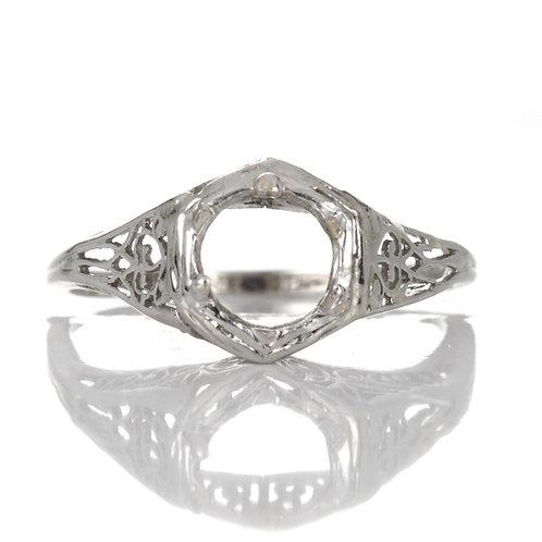Vintage Engagement ring setting. Platinum. Art deco. Filigree. Fits 6mm round. Estate ring circa 1930s.