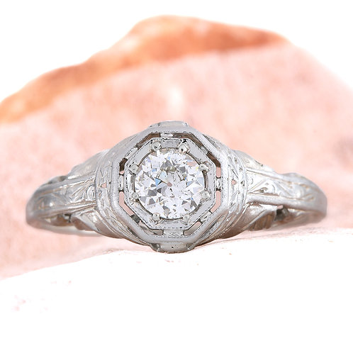 Antique diamond engagement ring | 0.36 carat old European cut diamond | 18 kt