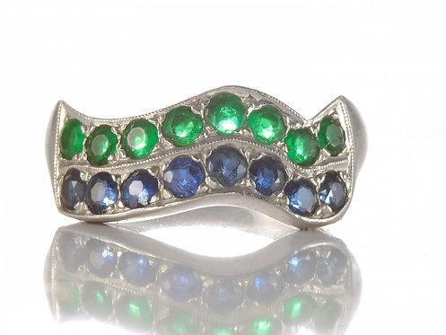 Vintage wedding band. Natural sapphires. Natural Emeralds. Platinum. Circa 1950s.