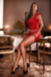 czech brunette escort louise pearl