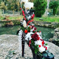 Chaussure composée de fleurs stabilisées