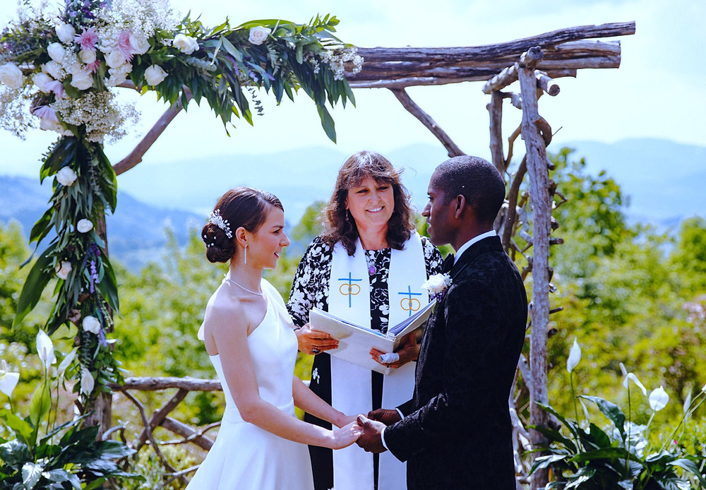 Microweddings that surprise and delight the happy couple.