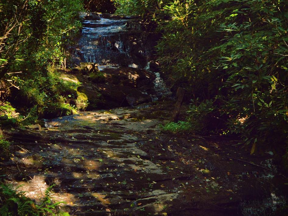 Memorable waterfall wedding venue
