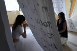 collisioni 2013 performer Nikolina Silla con lettori d assalto.jpg