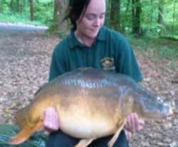 Lou+with+her+48lb+Mirror+first+firsh+of+