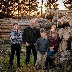 Amundson Family 1.jpg