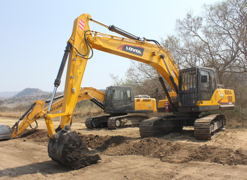 LOVOL FR220 Excavtor - West Rand Plant Hire