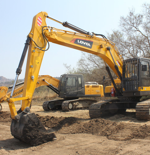 LOVOL FR220 Excavtor - West Rand Plant Hire