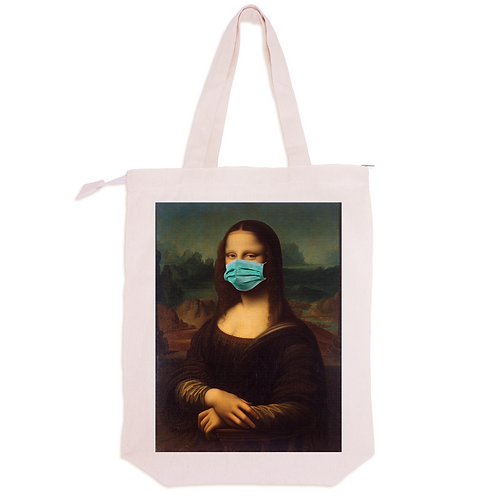 Mona Lisa w/ Face Mask
