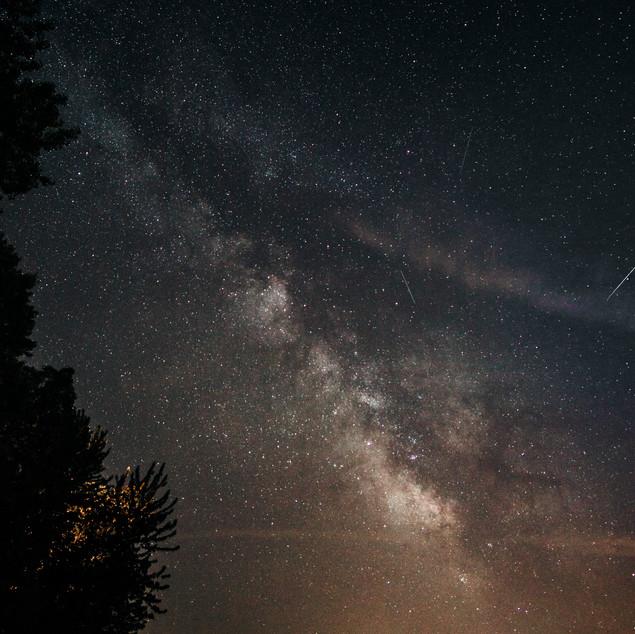 Milky Way and meteors over St-Ferdinand