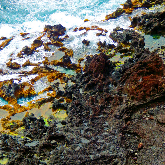 Volcanic rocks and the ocean
