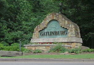 Gatlinburg sign