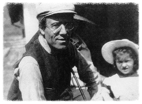 Rare picture of Gustav Mahler & daughter Anna.