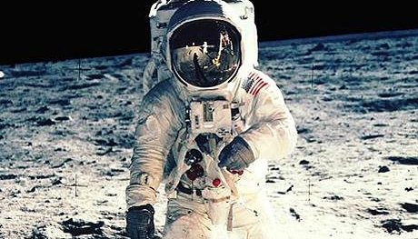 One Giant Leap - Leadership Lessons from the First Lunar Landing