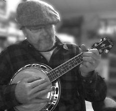 david bromley portrait banjo.jpg