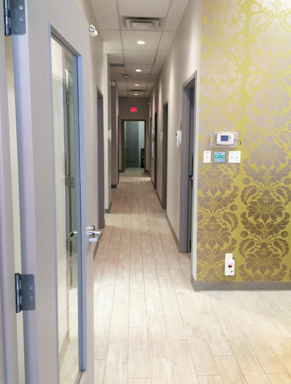 Ottawa Clinic - Wallpaper and Decor