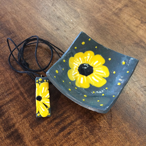 Grey with Yellow Flower