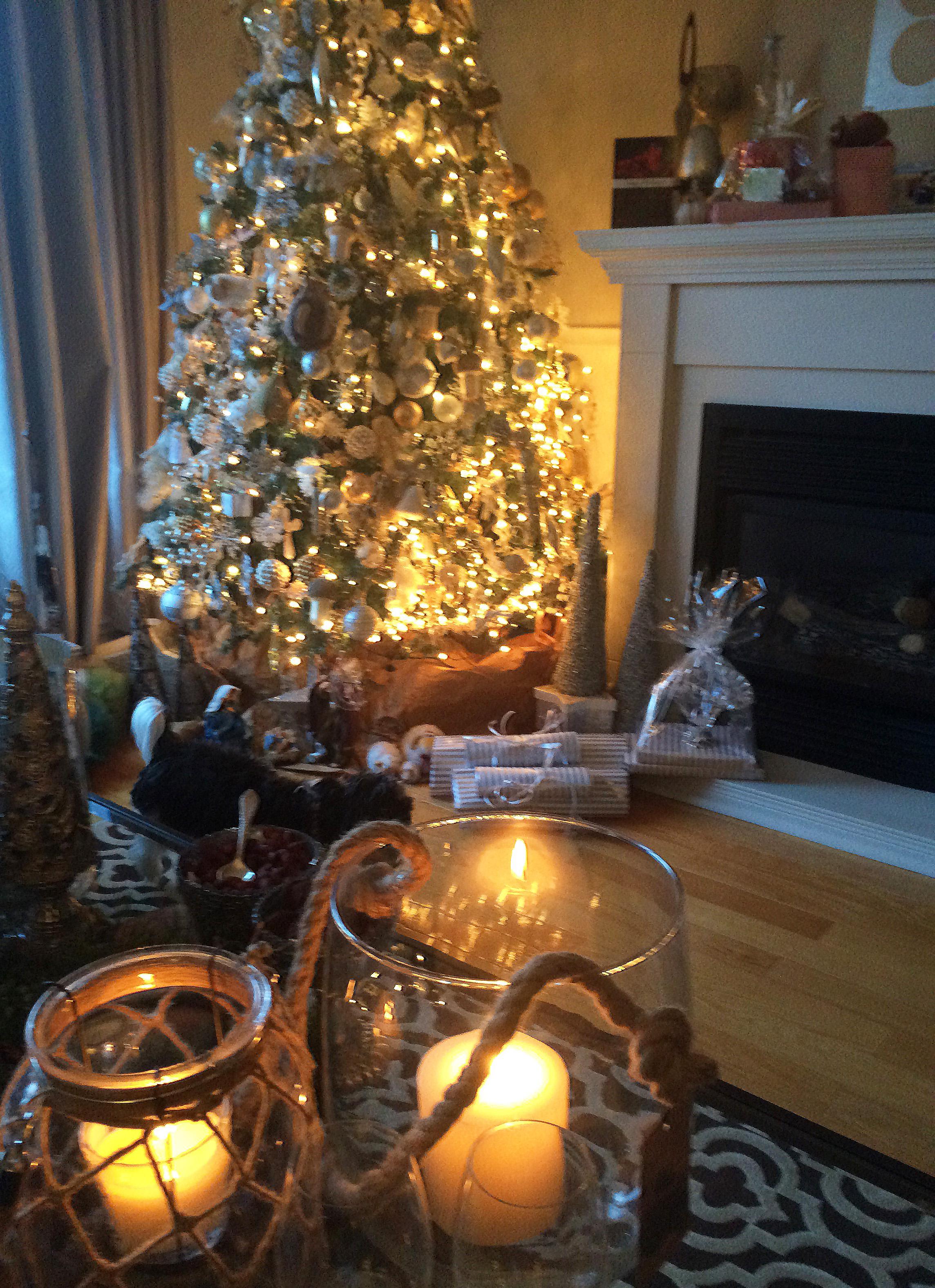 Christmas Home Decor and Interior Design