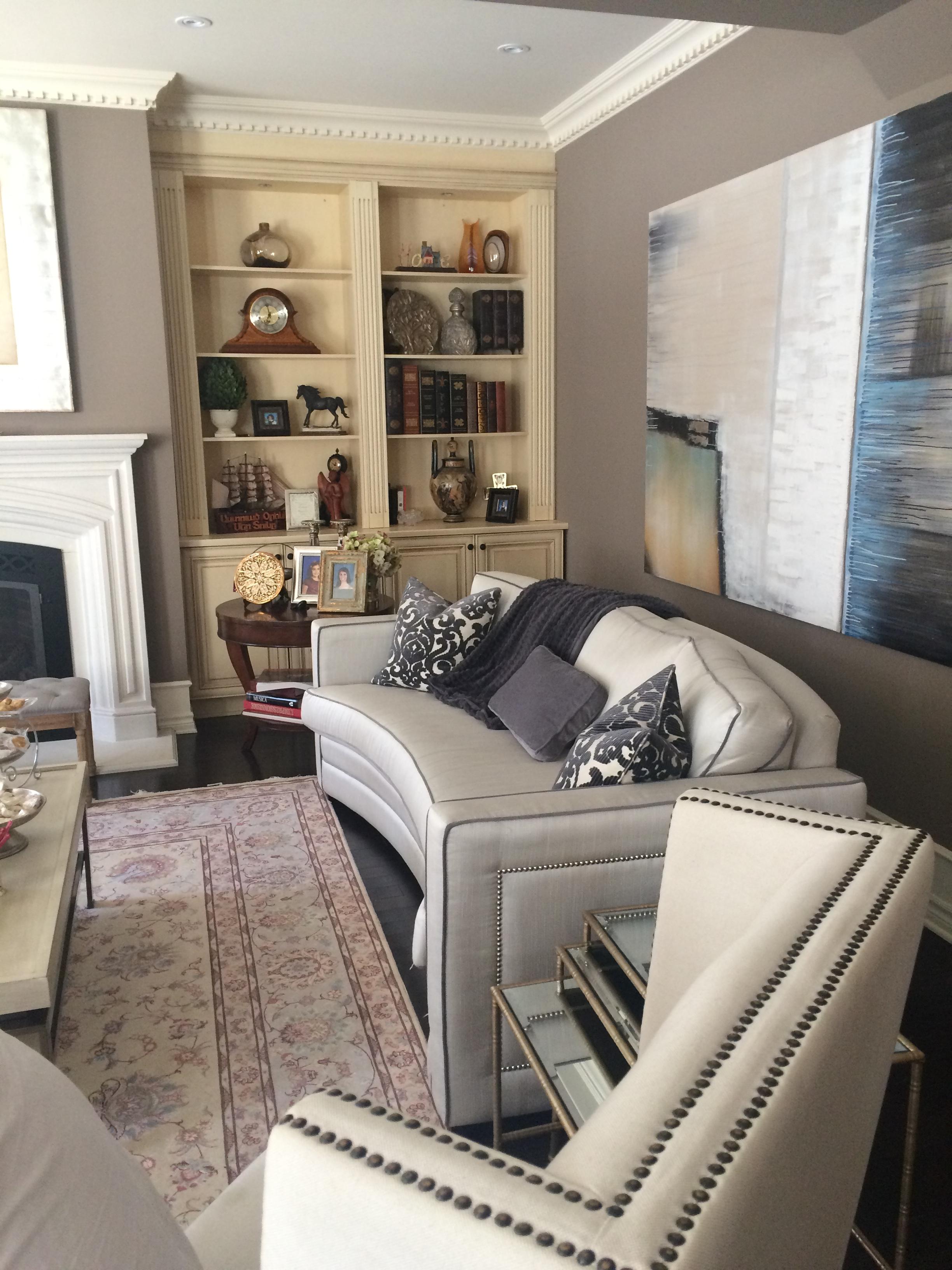 Traditional Living Room - Interior Decor
