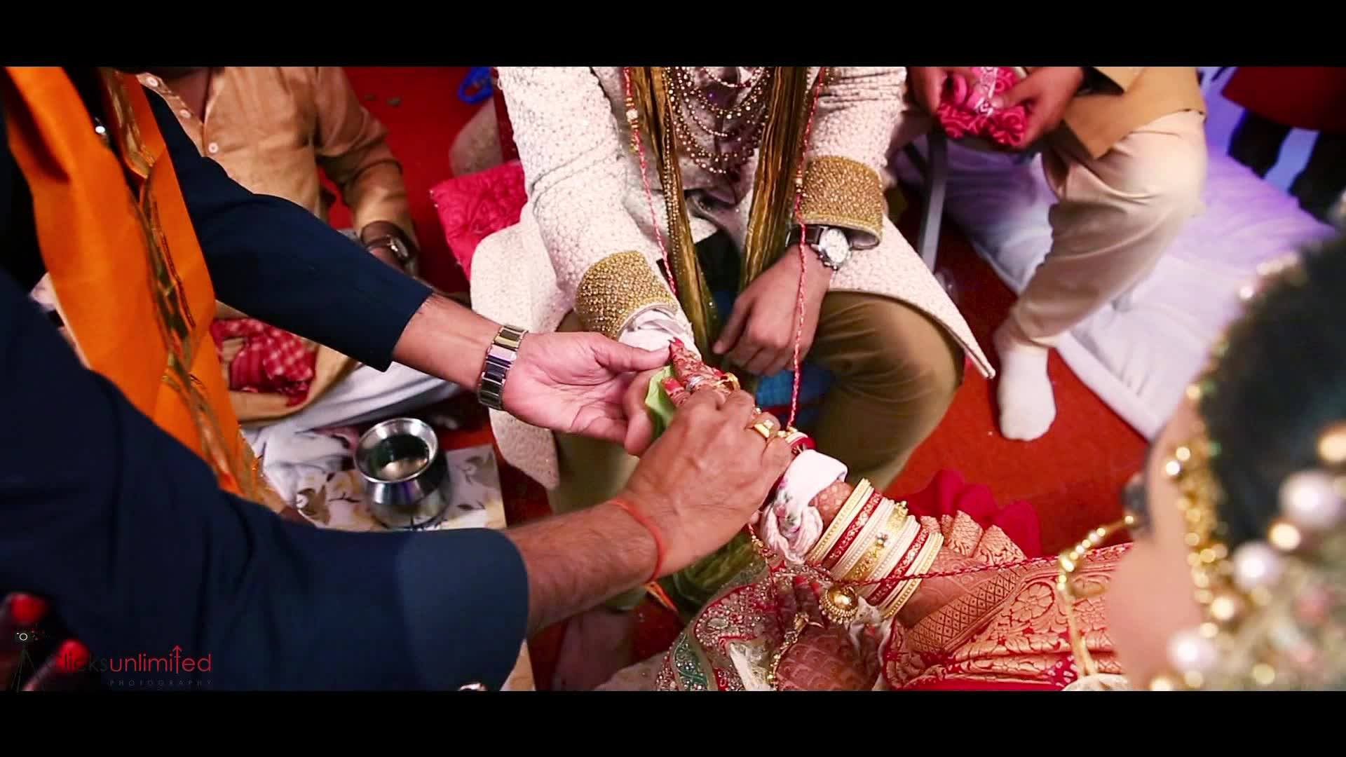 Marriages are made in heaven and Jatin Gohil Saloni Modi are proof of that! <3 #Clicksunlimited