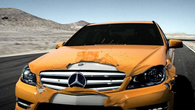 Mercedes_T&T_Frame_FullRes.1001.jpg