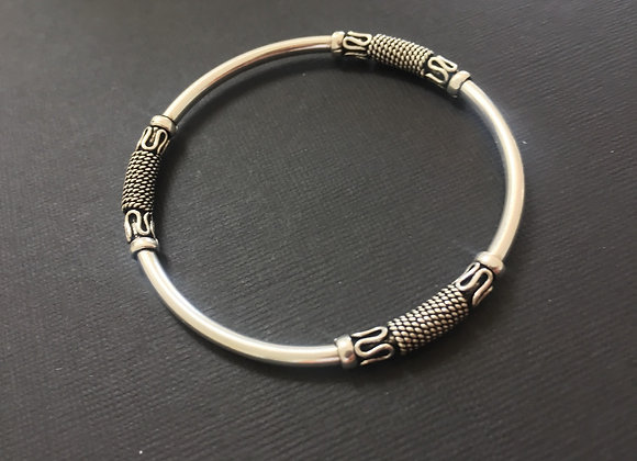 Sterling Silver detailed bangle size 60mm