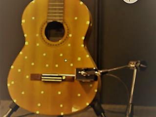 Plongée dans le physique de la guitare