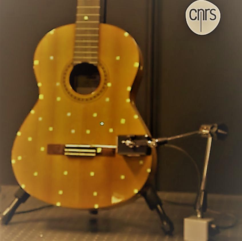 le-cnrs-jette-un-nouveau-regard-sur-la-guitare-38439