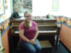 Kenda Walker in music studio