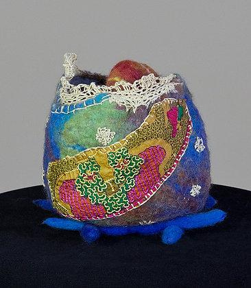 #252 Pebble Vase