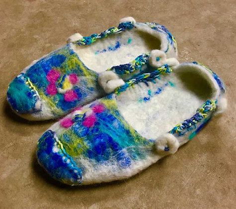 #452 Felted Slippers