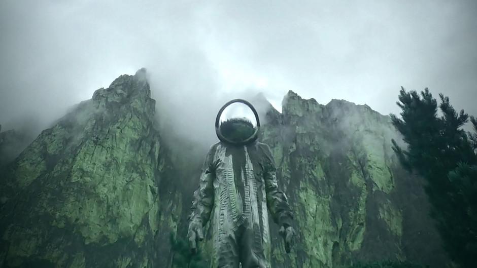 "Exclusive single ""Earth's Call"" - film version"