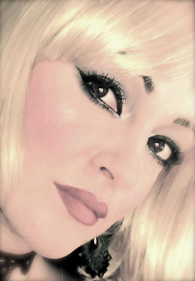 Elisa blonde