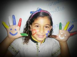 Ser criança é pintar o mundo com as cores do amor.jpg _A querida Tayane