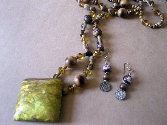 Long Pendant Necklace & Earrings by Julie Tomkins