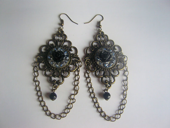 Decorative Black Rose Earrings
