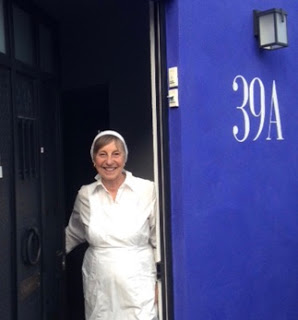 Kirsten at front door
