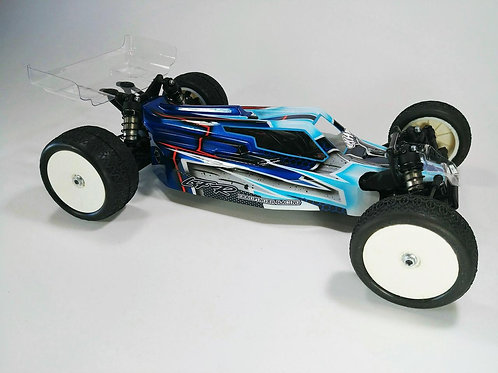 XRAY XB2 - LFR A2 TACTIC BODY WITH 2 WINGS (CLEAR)