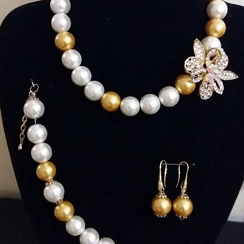White Pearl and Chapagne Parls