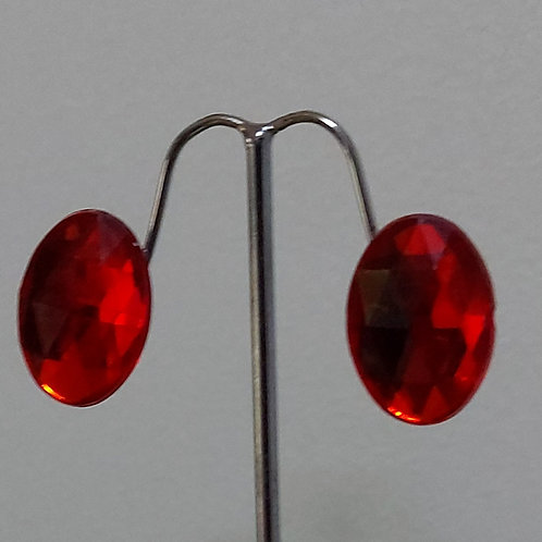 Oval Faceted Red Earrings