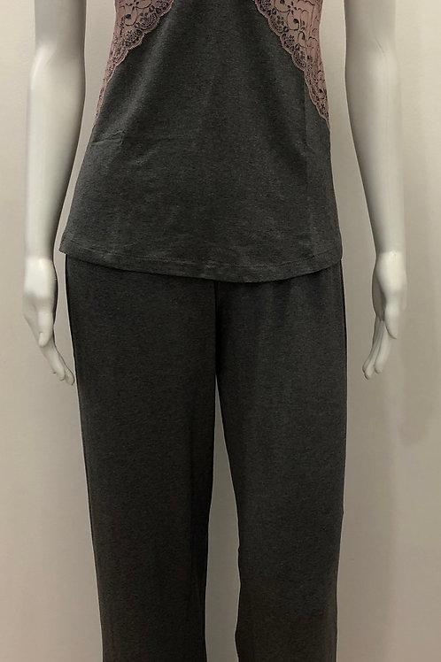 Pijama de alcinha com detalhe de renda - W19422