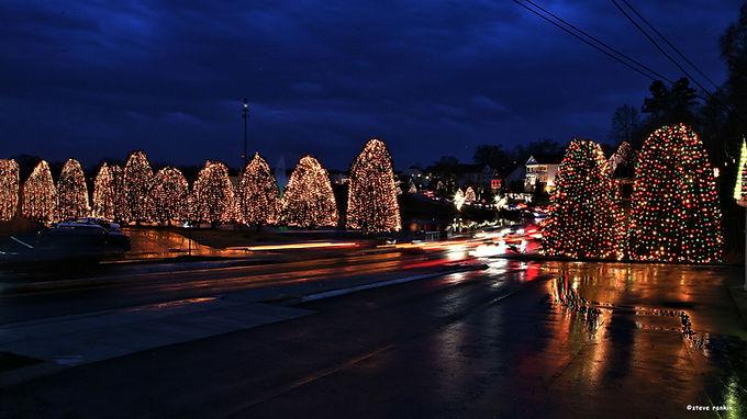 Christmas Town USA Tree Lighting Ceremony