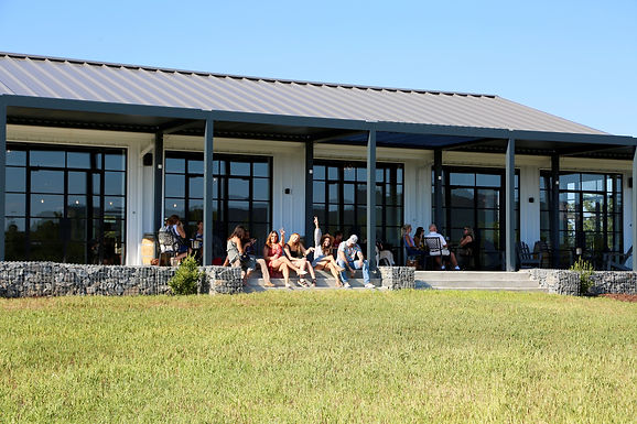 Food Truck & Live Music at Veronet Vineyard