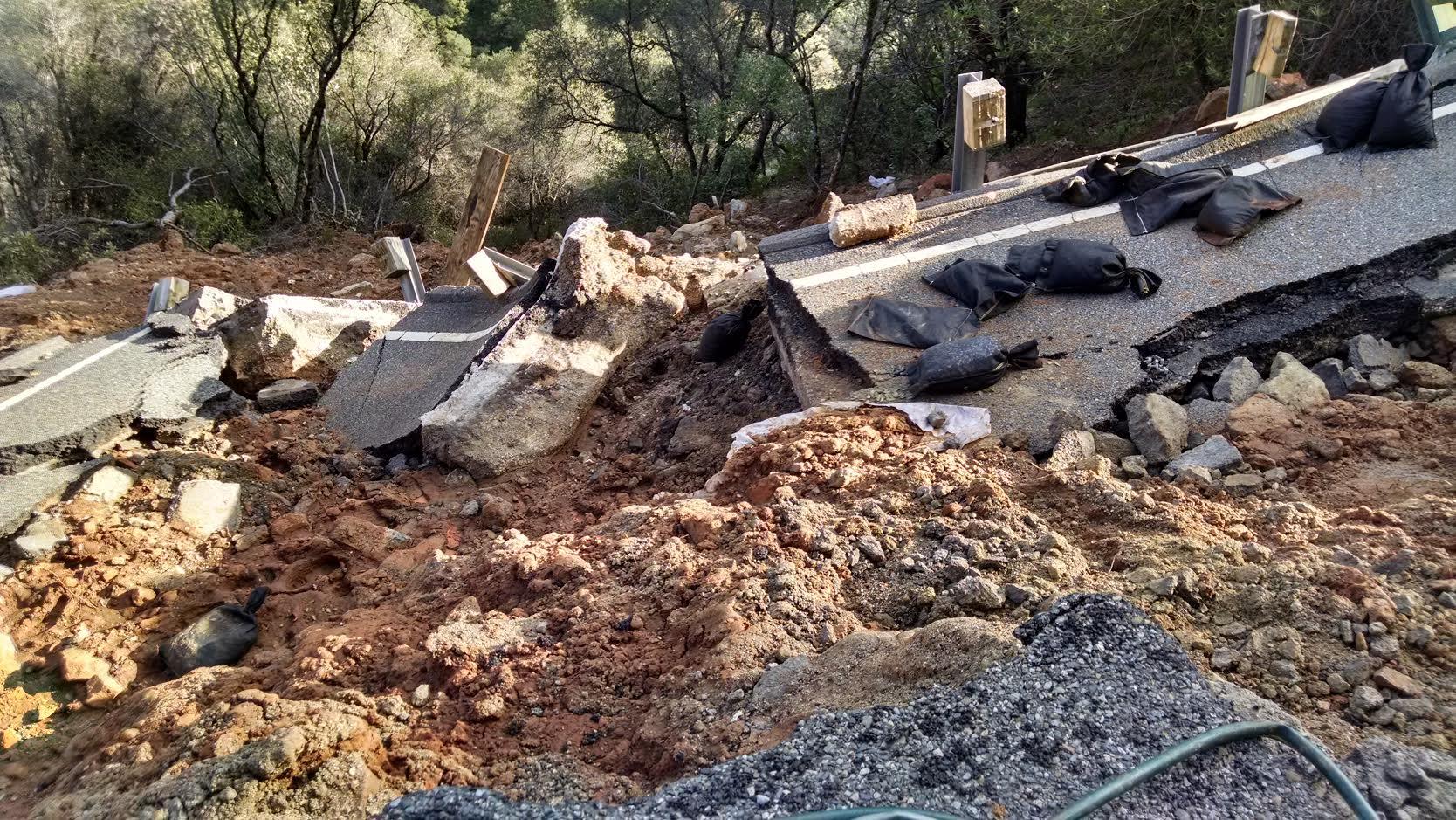 Hwy 49 Emergency Soldier Pile Wall slide out.jpg