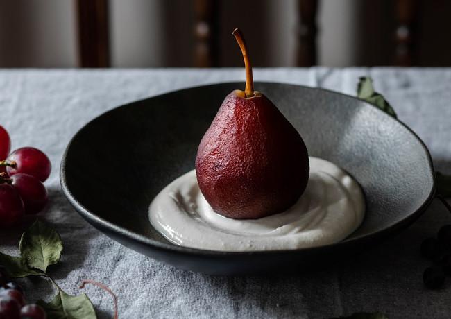 Chiiz Magazine - Pear with Grape Juice -