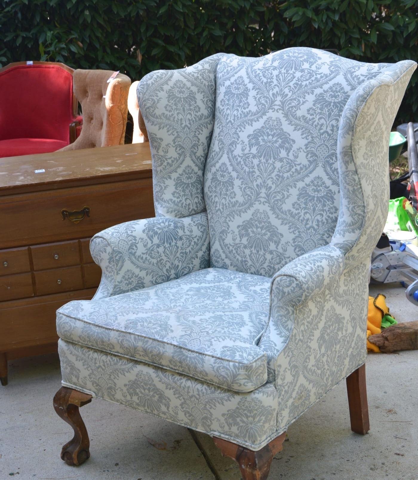 chair upholster_edited.jpg