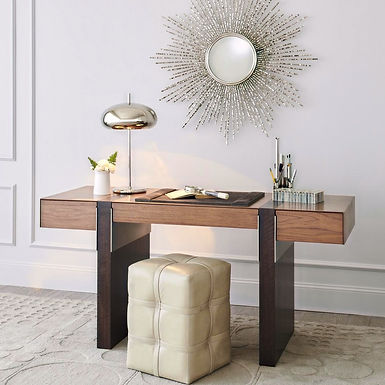 Tables/Dining/Desks