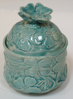 Dogwood Lidded Box Chun