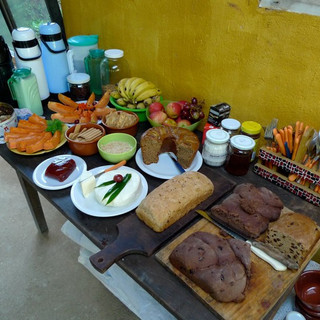 mesa de comida.jpg